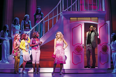 http://www.legallyblondethemusical.com/wp-content/uploads/2017/05/Legally-Blonde_1.jpg