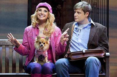 http://www.legallyblondethemusical.com/wp-content/uploads/2017/05/Legally-Blonde_5.jpg